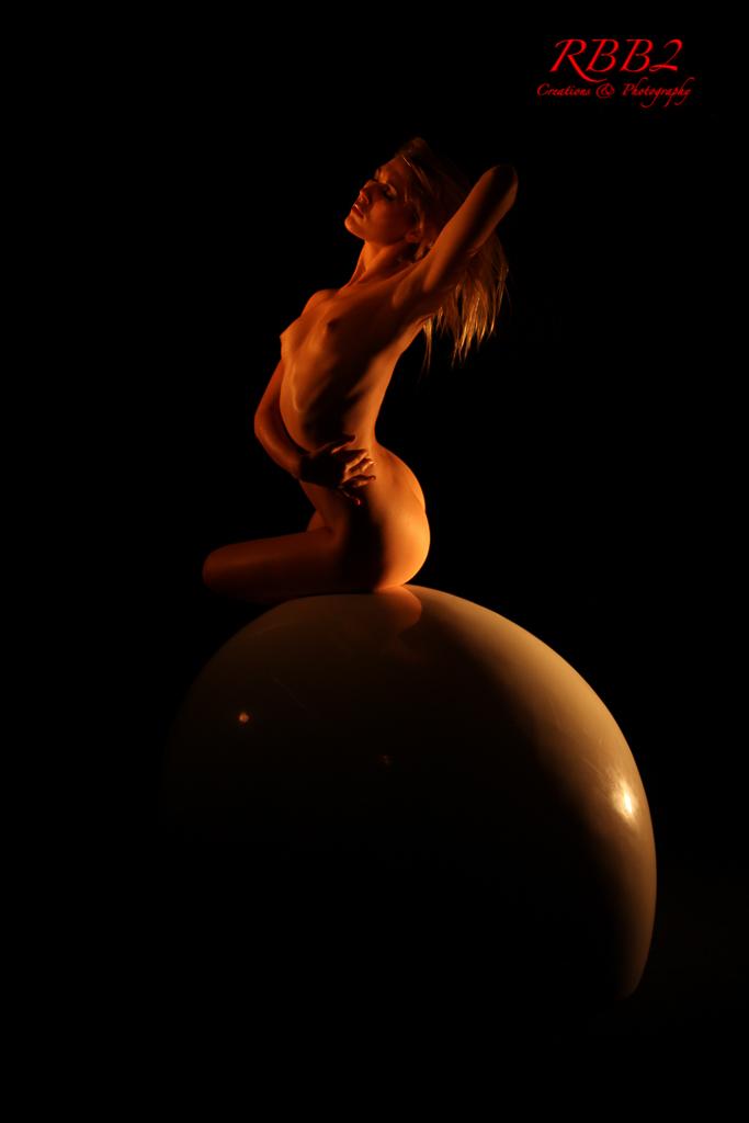 Atistique_Nude_Oeuf_06