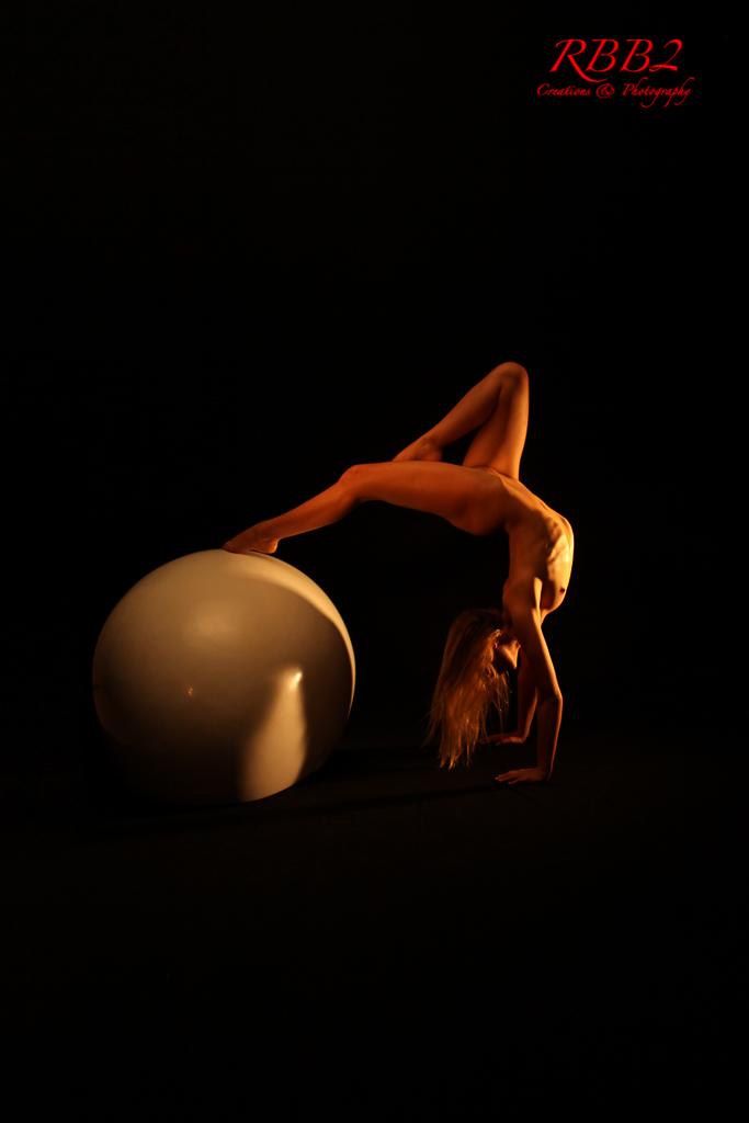 Atistique_Nude_Oeuf_09